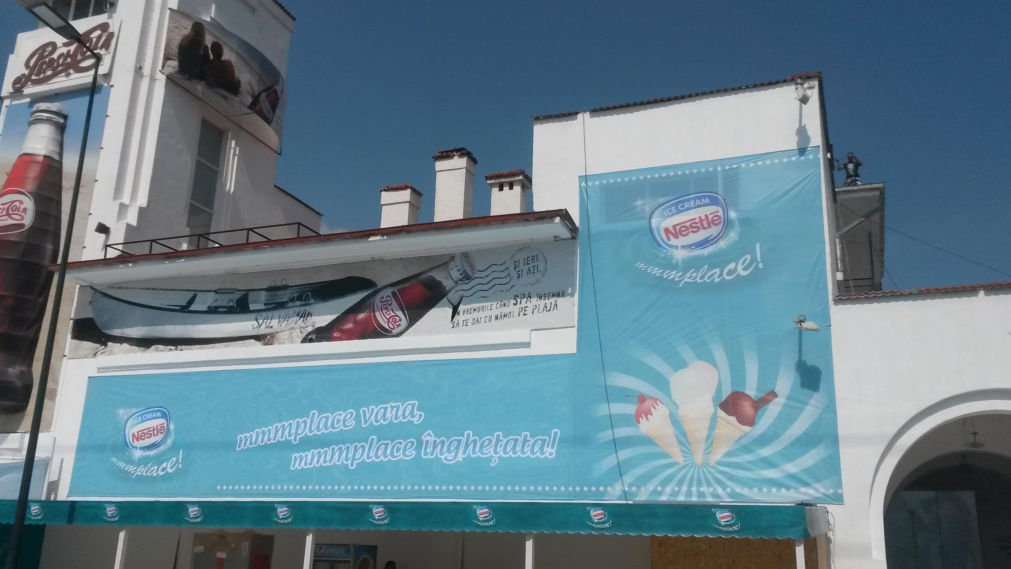 Stand Casino Mamaia Nestle inghetata